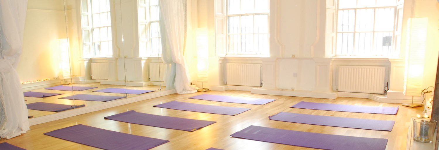 Discovering Holistic Therapy with Helen McMeel from Dublin Holistic Centre