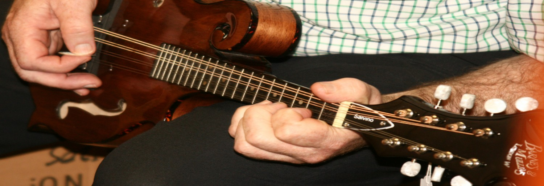 Charles Byrne Musik Instrumente