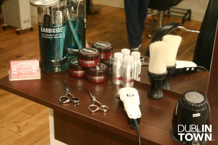 Ed's Barbers 4