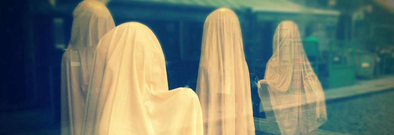 The 8 Best Halloween Shop Windows