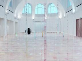 Karla Black_Installation view_kestnergesellschaf_Hannover_2013