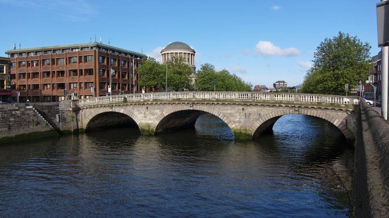 Dublin_-_Father_Mathew_Bridge_-_110508_182542