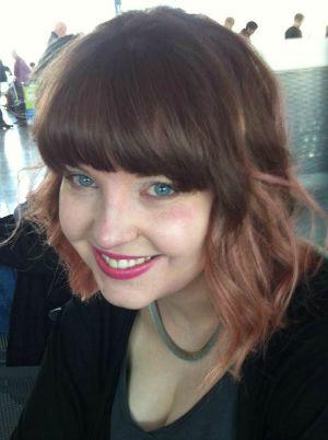 Headshot - Katie Donohoe