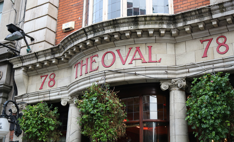 1916 Pubs - The Oval bar