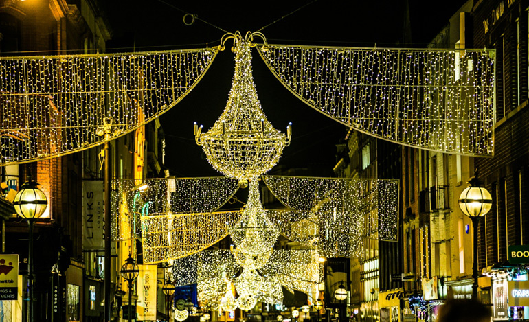 christmas-lights-crossovers-grafton-street