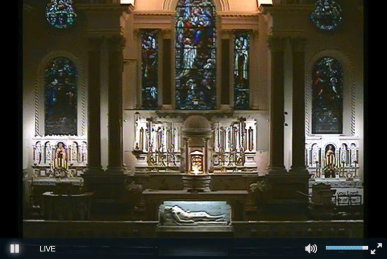 st-teresas-altar-live-mass
