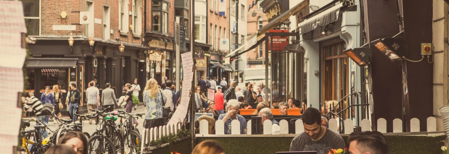 Where to get outdoor seating in Dublin Town